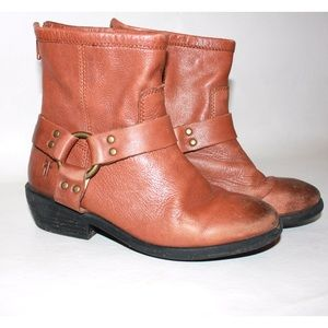 Frye Shoes - Frye Philip Harness Short Chestnut Youth Boots